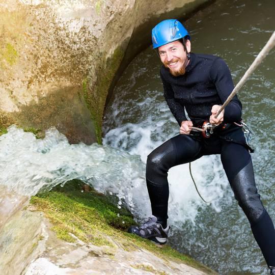 Le canyoning en Corse, une activité au coeur des montagnes corses